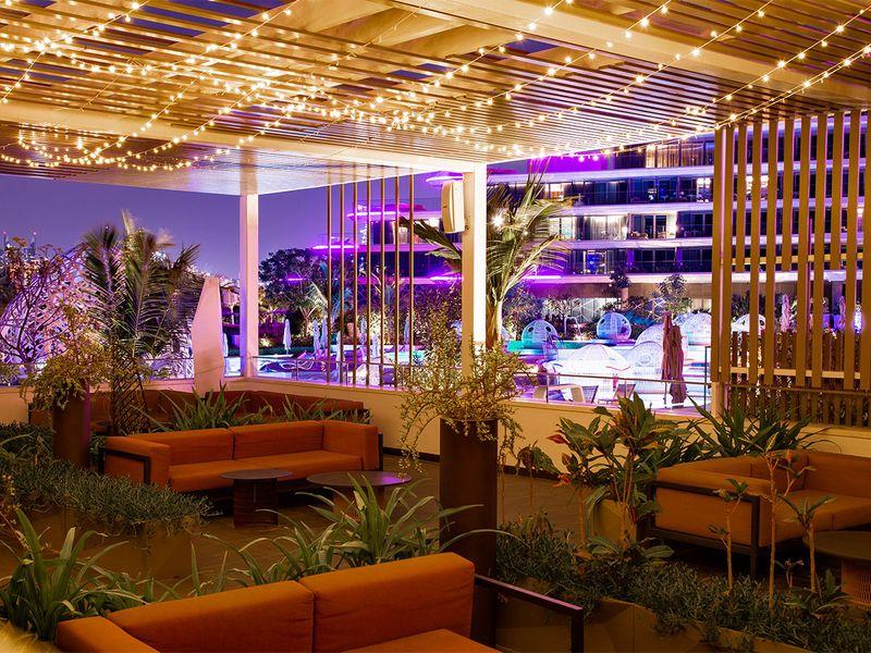 Liv W hotel