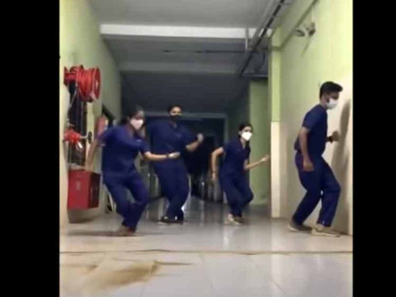 WIN 210411 DANCE2-1618155094825