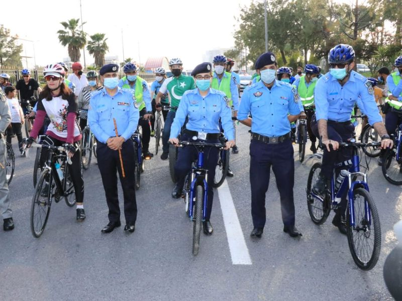 Islamabad police introduces bicycle patrol unit