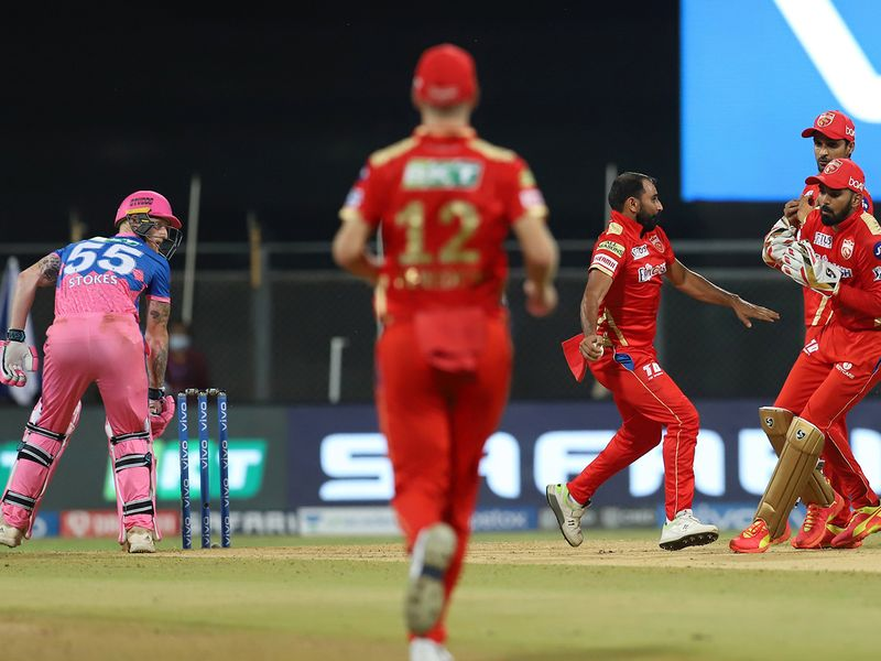 Ben Stokes of Rajasthan Royals c&b by Mohammad Shami