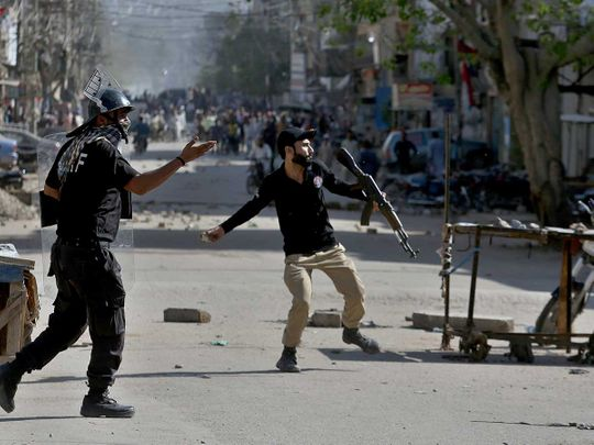 Police pakistan protest lahore