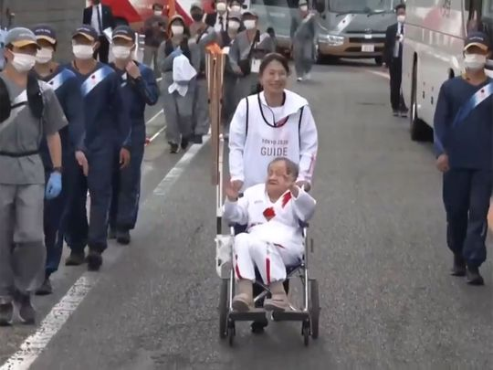Shigeko Kagawa, a 109-year-old woman, has become the oldest Olympic torch bearer