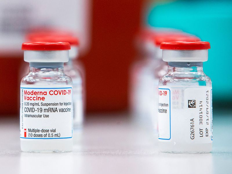 Moderna says protection from COVID-19 vaccine still strong after 6 months