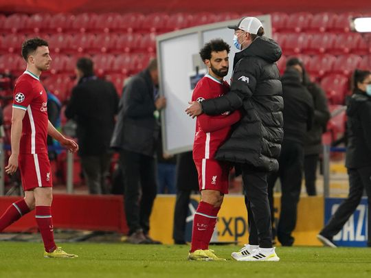 Jurgen Klopp consoles Mo Salah after Liverpool's loss to Real Madrid in Champions League