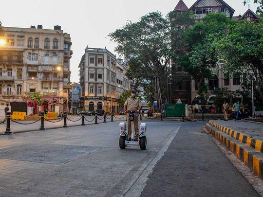 Mumbai police covid lockdown india