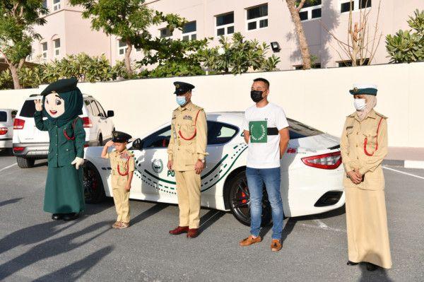 Dubai Police fulfils Child Dream to ride in Luxury Police Patrol (2)-1618566468719