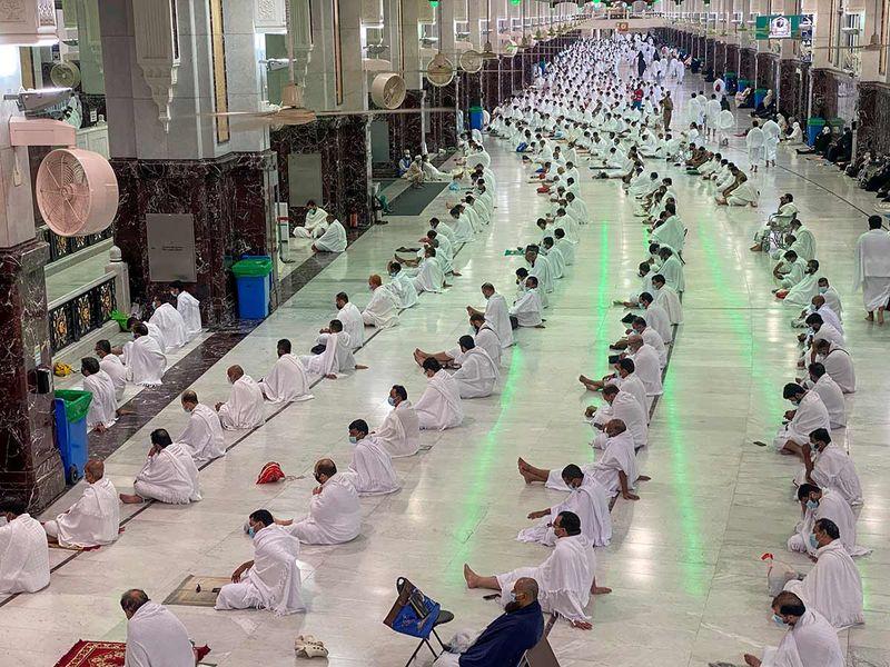 Worshippers perform Friday prayers at the Grand Mosque during Ramadan, in Mecca, Saudi Arabia, April 16, 2021