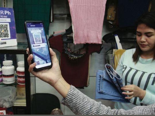 Philippine mobile phone digital payments Manila smartphone