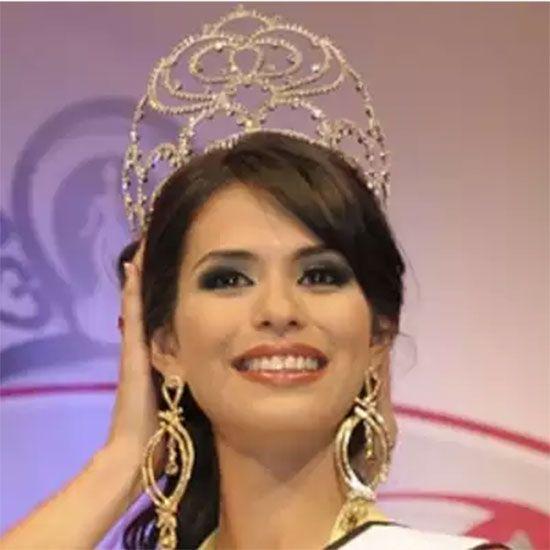 Laura Zuniga'