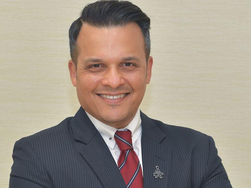 Dr Arif