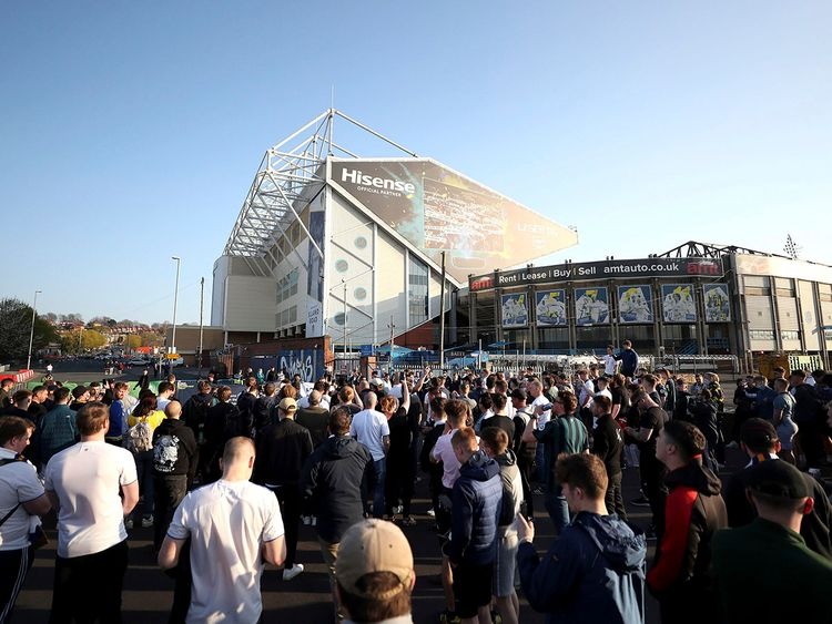 Fans protest outside Elland Road against the clubs attempting to form a new European Super League.