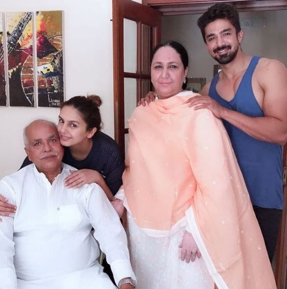 Huma Qureshi with family
