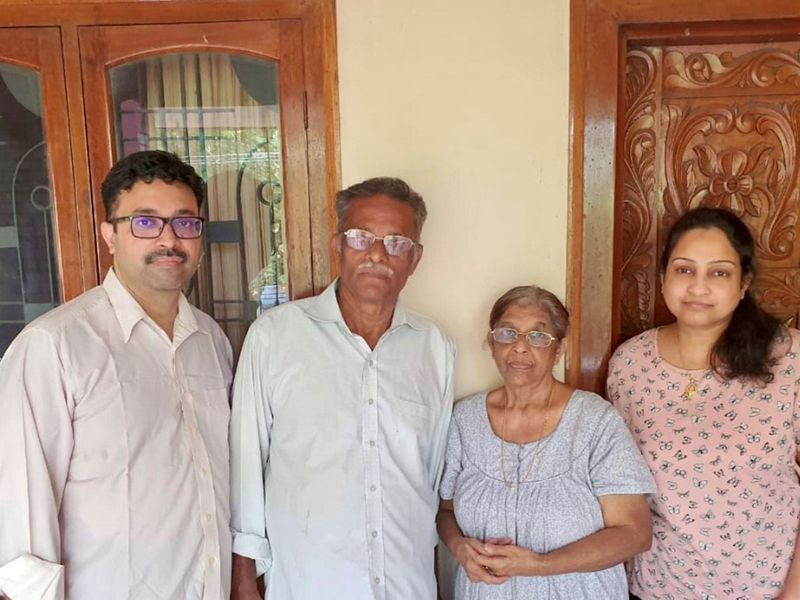 Dr Abey Abraham and his wife with his parents