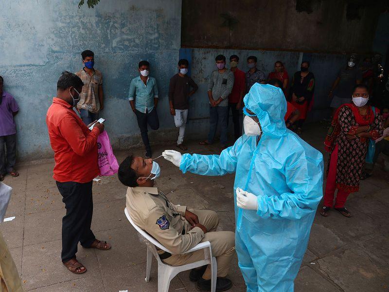 Virus_Outbreak_India_08283