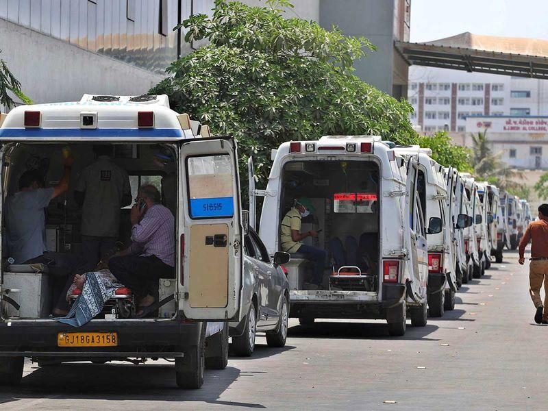 20210425 ambulances in india
