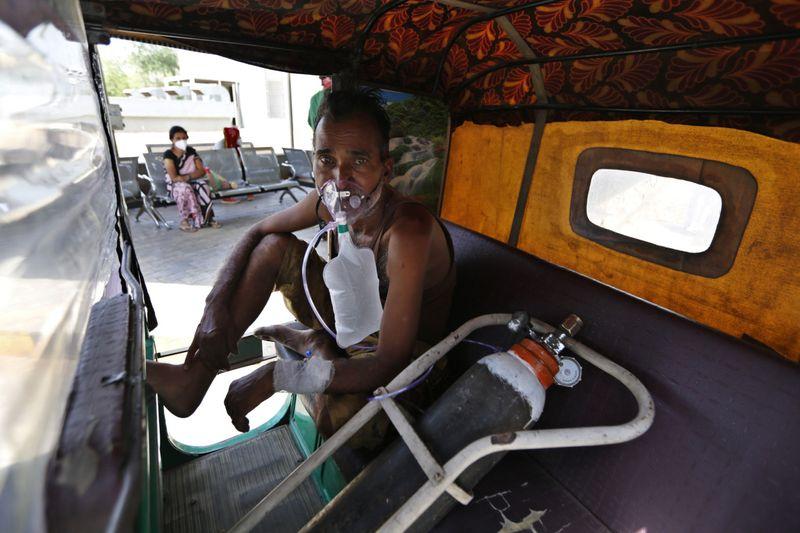 Copy of Virus_Outbreak_India's_Oxygen_Crisis_Photo_Gallery_04812.jpg-1ad58-1619327282632