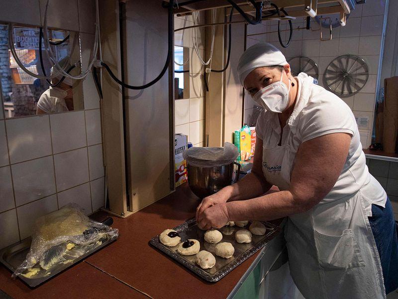 grandma bakers gallery