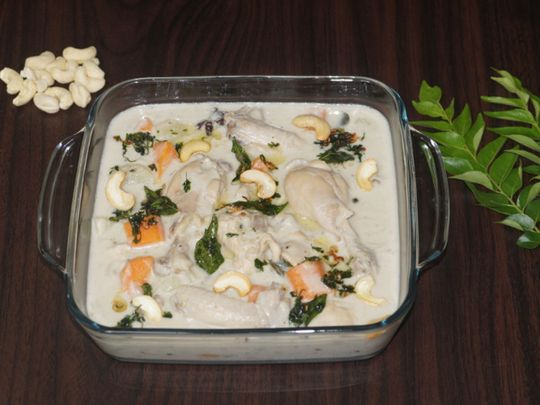 How to prepare authentic Kerala chicken stew