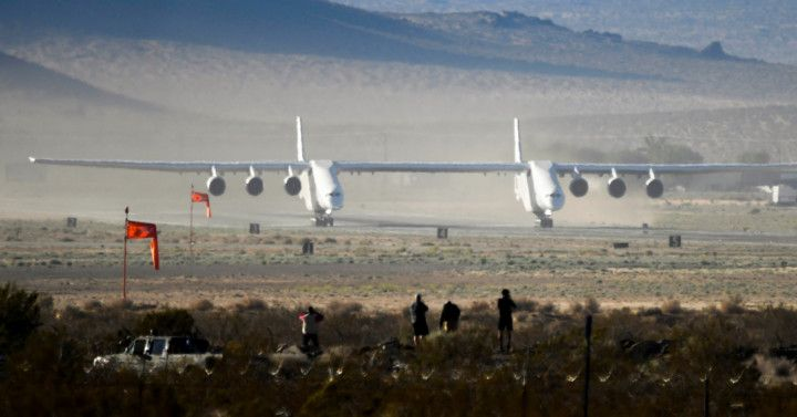 Copy of 2021-04-29T072900Z_156186209_RC2J5N99F3VV_RTRMADP_3_SPACE-EXPLORATION-STRATOLAUNCH-1619872754971
