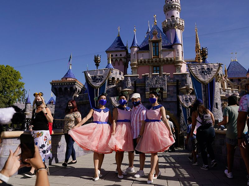 Copy-of-Virus-Outbreak-California-Tourism-Disneyland_17613