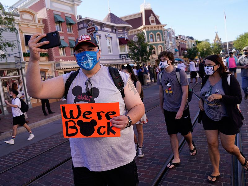 Copy-of-Virus-Outbreak-California-Tourism-Disneyland_66902