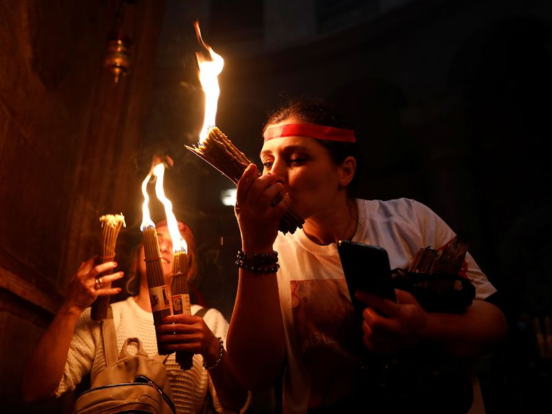 2021-05-01T110209Z_1240416002_RC2Z6N9RCOKZ_RTRMADP_3_RELIGION-EASTER-ORTHODOX-HOLY-FIRE