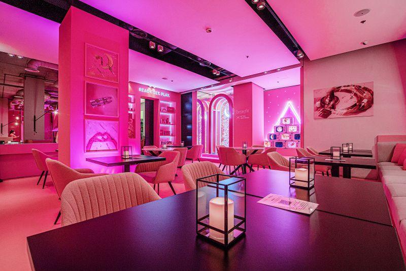 Pink Majlis Abu Dhabi