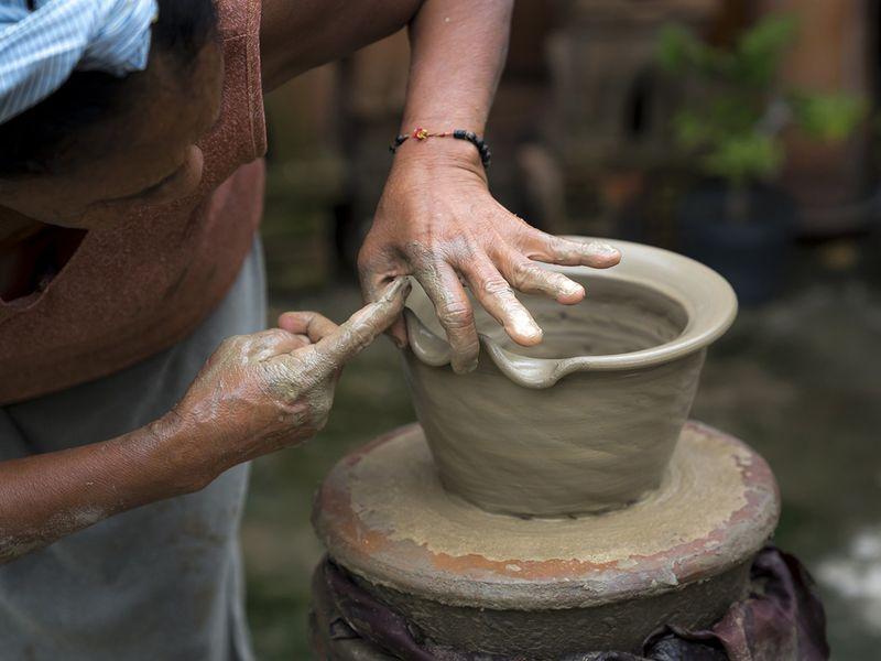 pottery_shutterstock