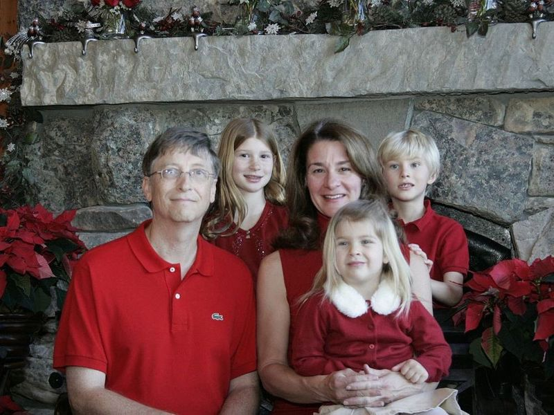 Bill and Melinda Gates with their family