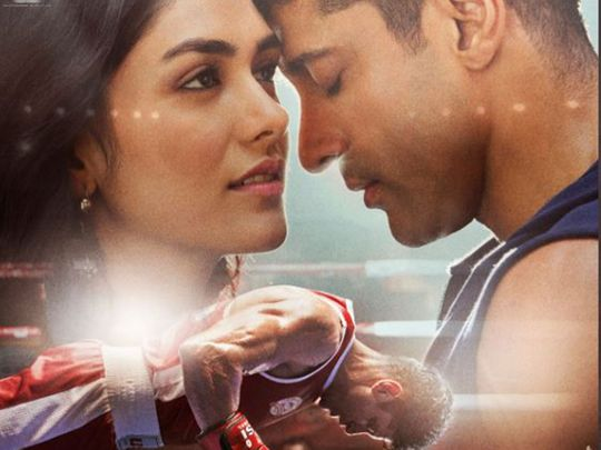 Farhan Akhtar and Mrunal Thakur in 'Toofan'