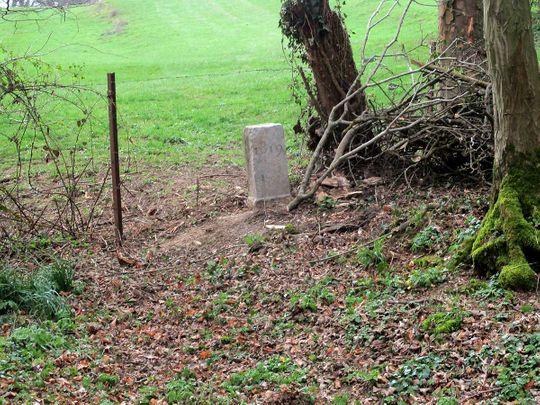 20210506 stone marker