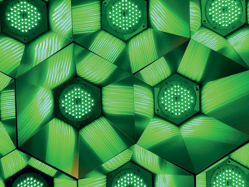 dynamic-light-installations-expo-2020