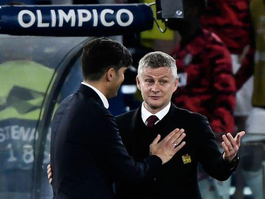 Roma's Paulo Fonseca congratulates Manchester United's Ole Gunnar Solskjaer at the end of the Europa League semi-final