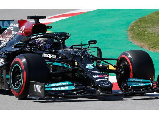 Lewis Hamilton claimed hos 100th pole position in Spain