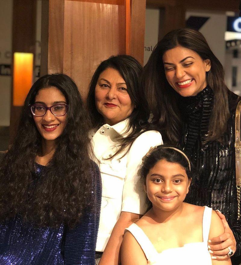 Sushmita Sen with Family
