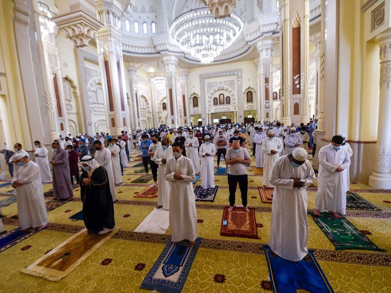 Al Noor mosque at Buheirah corniche in Sharjah