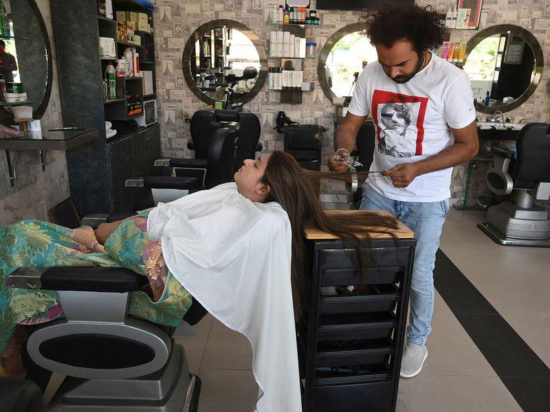 Pakistan barber