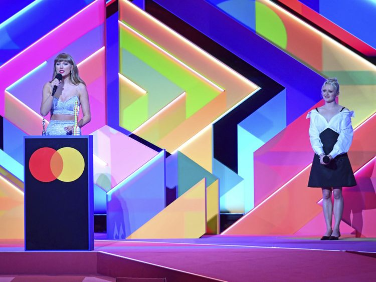 Copy of Britain_Brit_Awards_2021_Show_06494.jpg-34c85-1620796907206