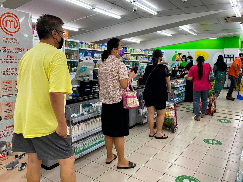 Singapore covid social distancing