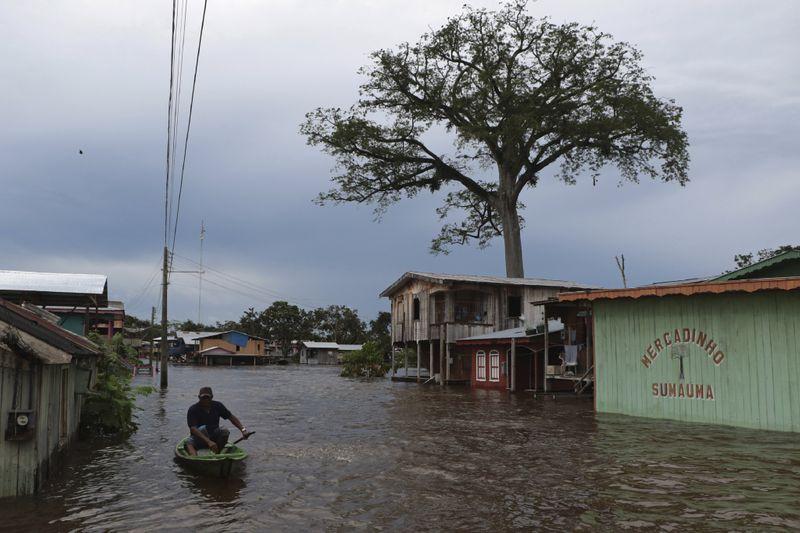 Copy of Brazil_Amazon_Floods_23506.jpg-f7444-1621076805357
