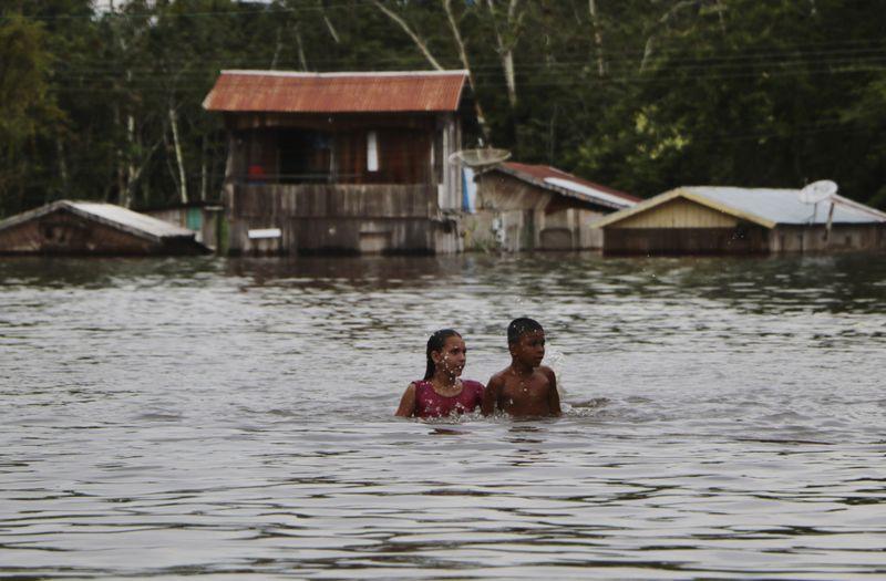 Copy of Brazil_Amazon_Floods_36622.jpg-4c196-1621076826720