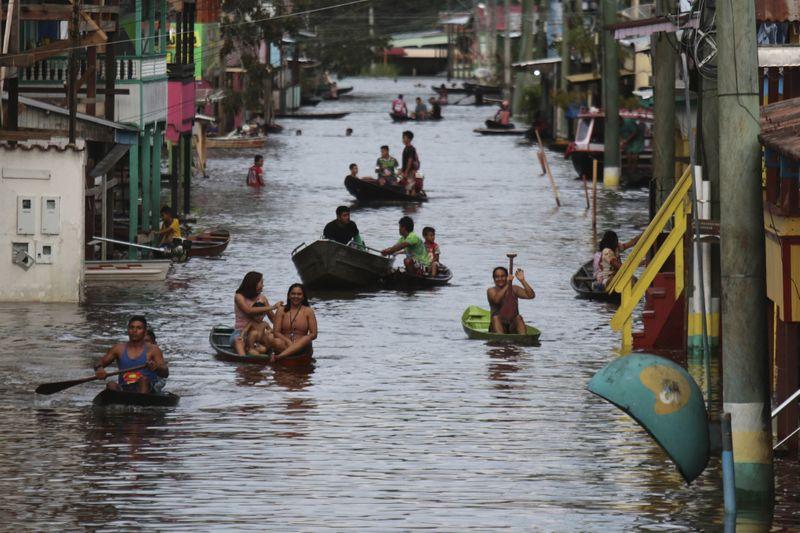 Copy of Brazil_Amazon_Floods_72652.jpg-4588d-1621076800377