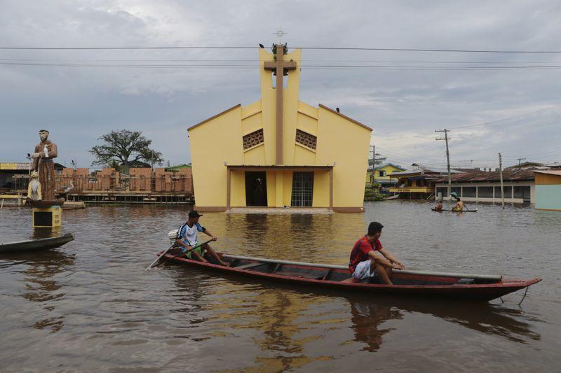 Copy of Brazil_Amazon_Floods_75060.jpg-7a63d-1621076810270