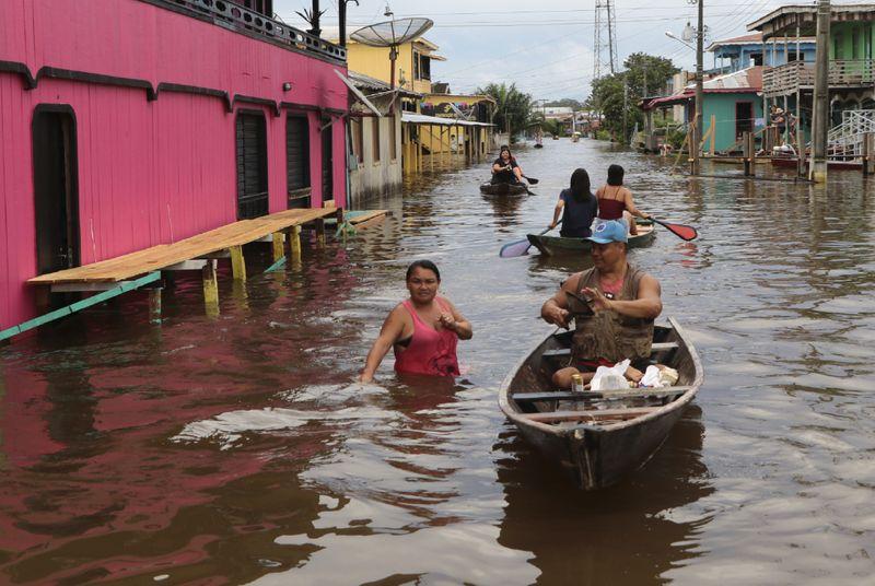 Copy of Brazil_Amazon_Floods_81766.jpg-70c55-1621076835063