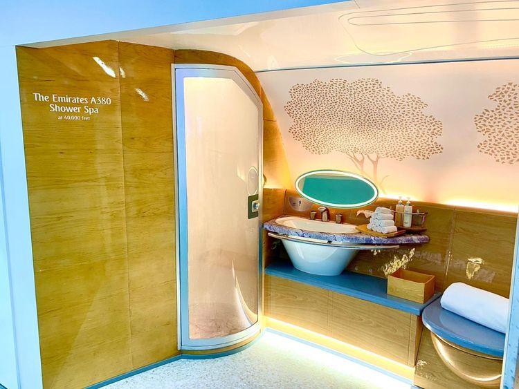 First class shower emirates