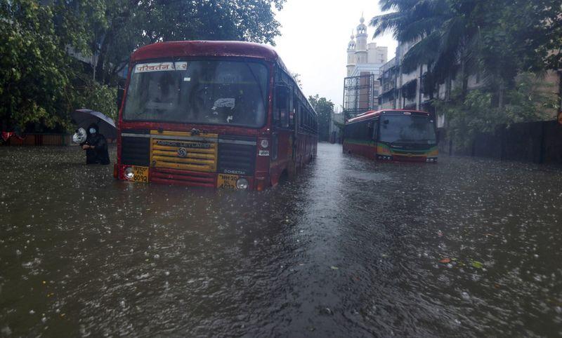 Copy of India_Cyclone_43382.jpg-fb1db-1621258914136