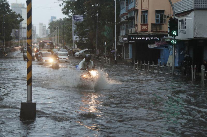 Copy of India_Cyclone_82636.jpg-969eb-1621258900922