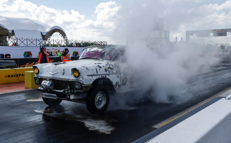 Copy of 2021-05-16T195317Z_1701219725_RC2YGN9KHT69_RTRMADP_3_RUSSIA-SPORTS-DRAG-RACING-1621329486459
