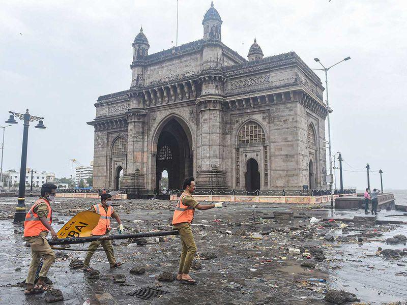 India gateway of india cyclone