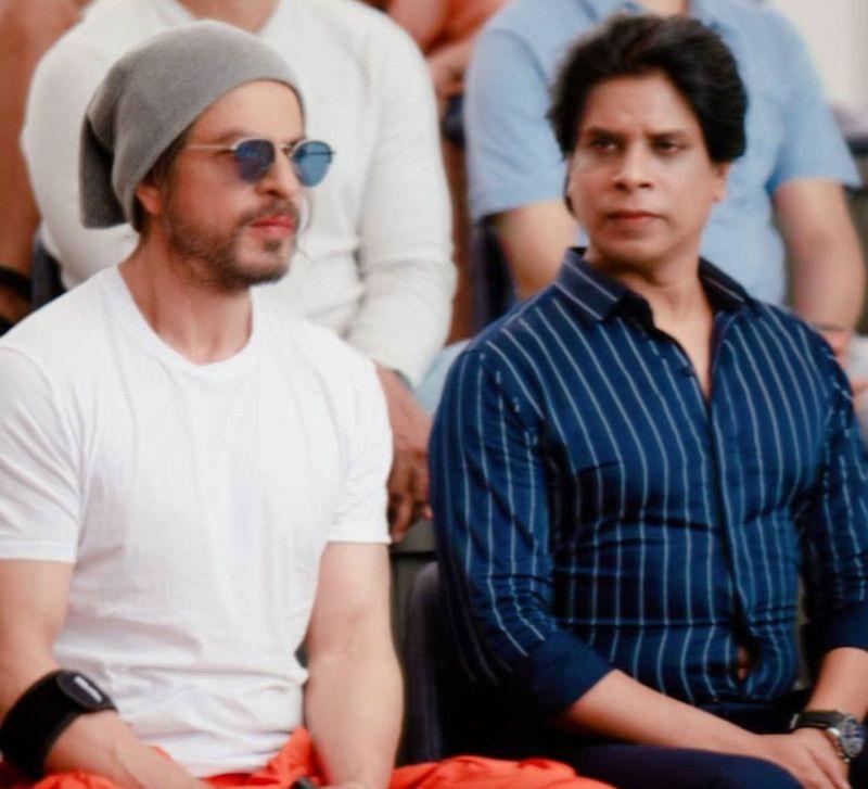 Prashant Walde and Shahrukh Khan